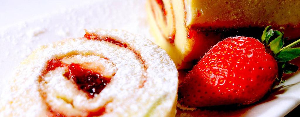 Suikervrij recept Zwitserse rol met aardbeien